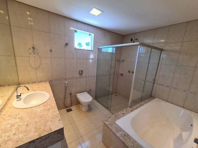 Casa de condomínio sobrado para venda tem 590 metros quadrados com 4 quartos - Foto 14