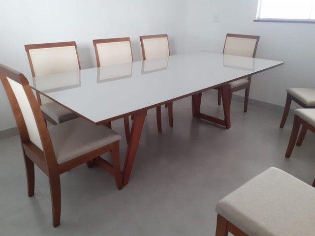 Mesa 8 de madeira maciça pronta entrega  - Foto 3