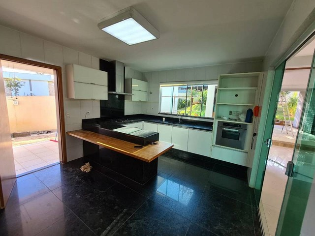 Casa de condomínio sobrado para venda tem 590 metros quadrados com 4 quartos - Foto 19