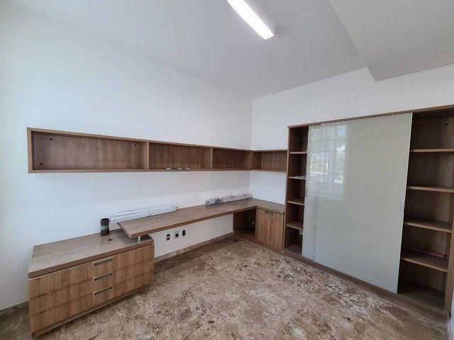 Casa de condomínio sobrado para venda tem 590 metros quadrados com 4 quartos - Foto 6