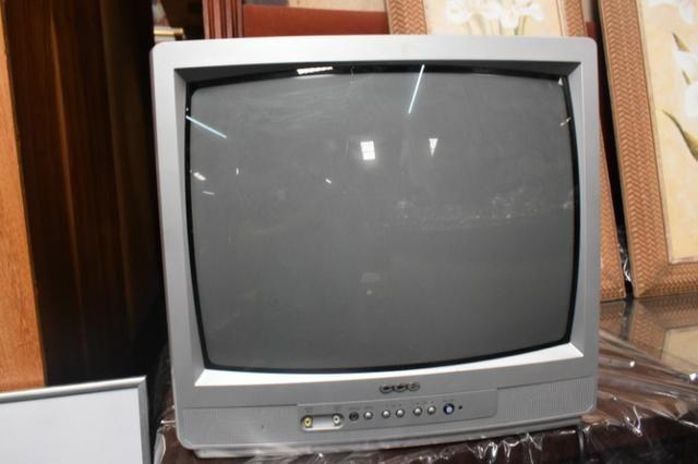 Tv CCE de tubo 21' - Mercado das Pulgas