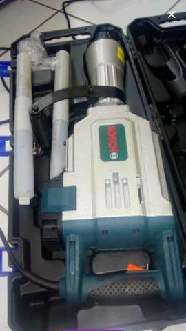 (OBS: COM NOTA FISCAL)(ENTREGA A COMBINAR) Martelete Bosch 15kg (ENTREGO)