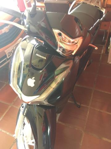 Vendo Moto Scooter 150 semi nova