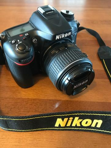 Câmera Nikon D7100 4603 clicks (shutter count) + Lente 18-55 mm + Bolsa Nikon