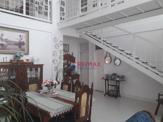 RE/MAX Specialists vende linda casa localizado no bairro Felícia. - Foto 4