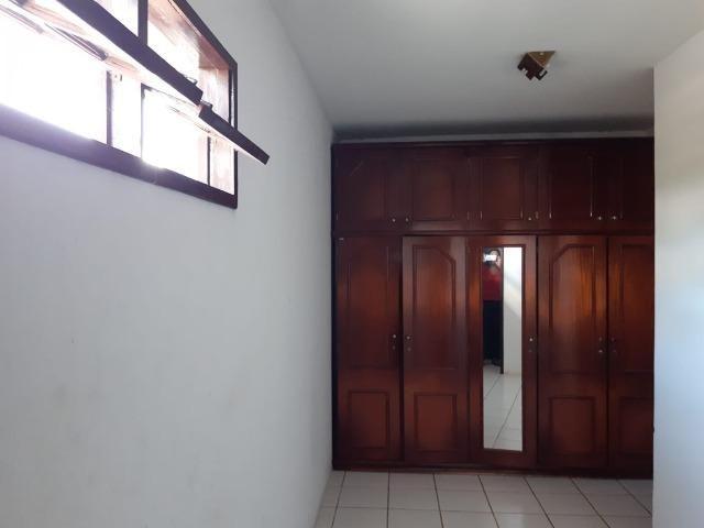 Alugo casa em condomínio em Aldeia km 13 para temporada