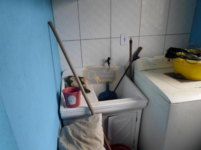 Imóvel com casa de moradia 3 dorm , mas casa geminada ,com 2 dorm . - Foto 6