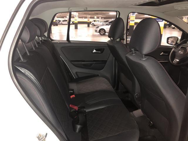 Volkswagen Fox 1.6 Highline Flex Manual - Teto Solar - 2014 - Foto 7