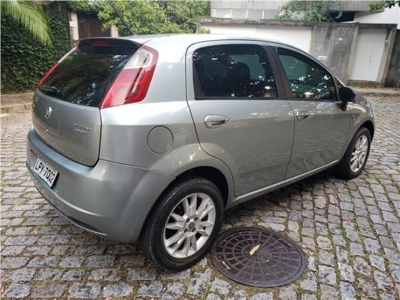 Fiat Punto 1.4 attractive italia 8v flex 4p manual - Foto 5
