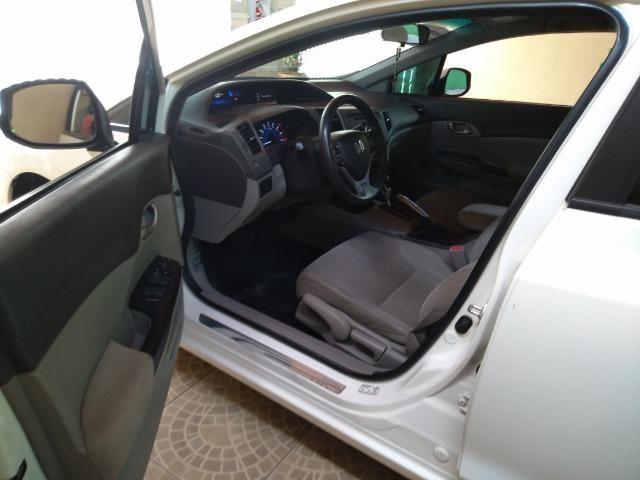 Honda Civic LXS 1.8 13/14 - Foto 9