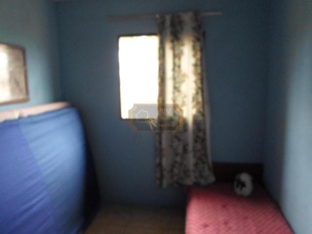 Imóvel com casa de moradia 3 dorm , mas casa geminada ,com 2 dorm . - Foto 9