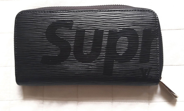 Carteira Louis Vuitton SUPREME preta unissex  - Foto 4