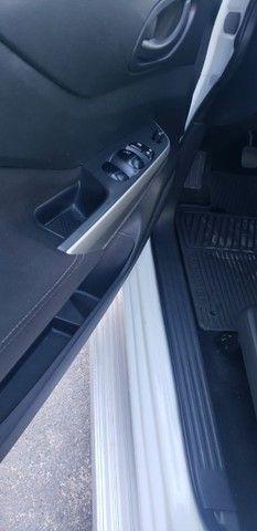 Nissan Frontier 2.3 S TD 6/MT 4x4 2020 - Foto 12