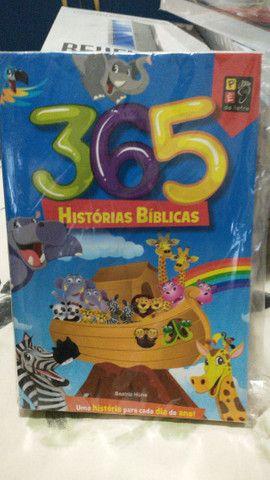 365 historinhas da Bíblia