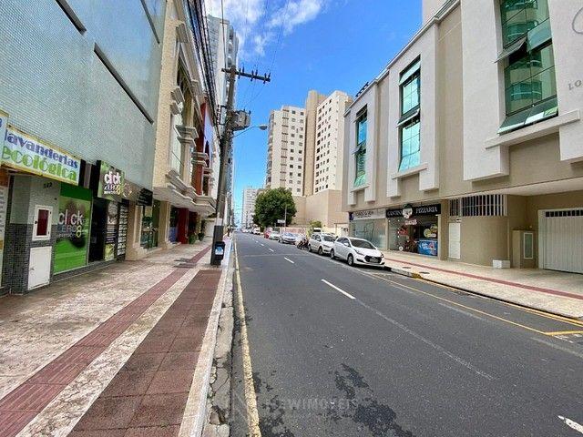 Excelente Apartamento com 3 Suítes e 2 Vagas em Balneário Camboriú - Foto 13