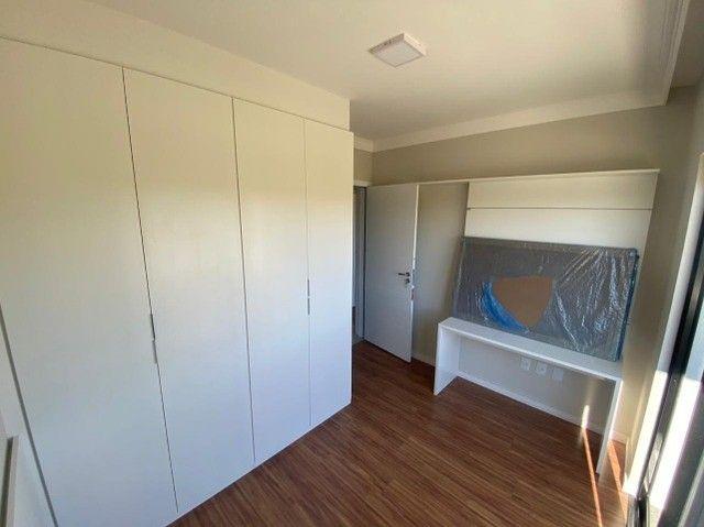 Apartamento 2 dormitórios Mobiliado com Armários Guarda Roupa etc 1 Garagem - Foto 9
