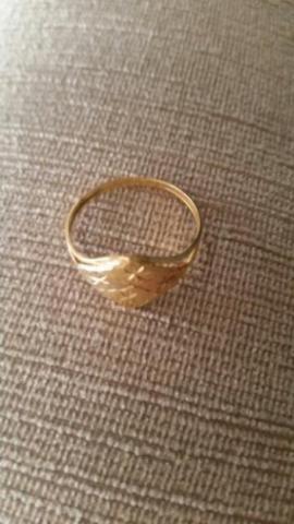Lindo anel ouro 18