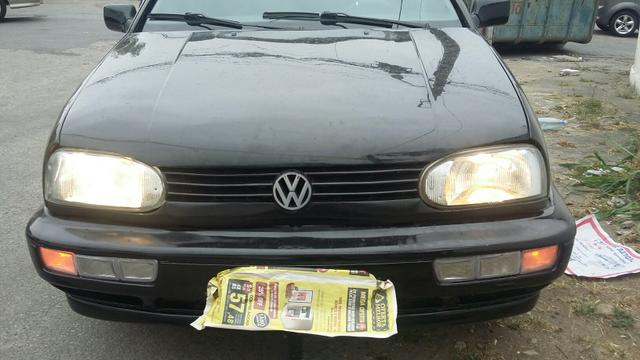VENDO GOLF ANO 97/98 COM GÁS COMPRETO