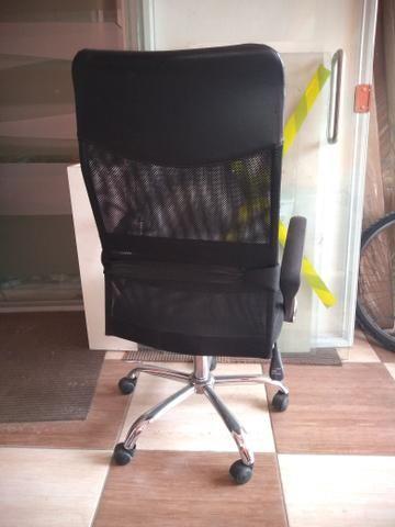 Cadeira Presidente de Tela