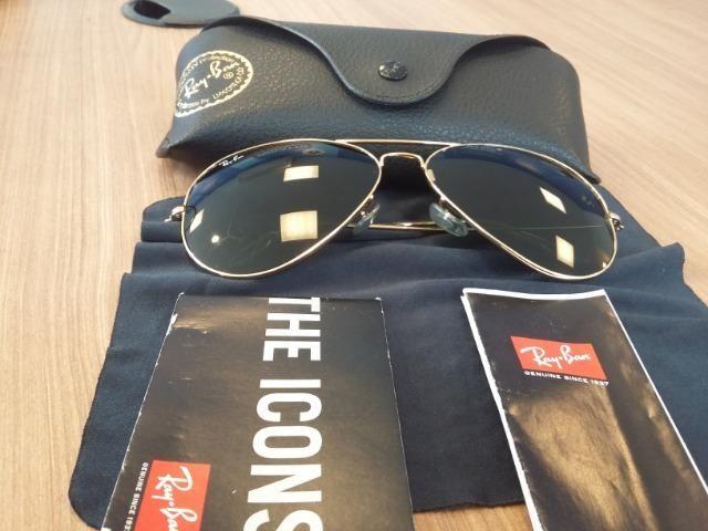 Óculos Ray Ban Aviator Classic. Lentes verdes e pouquíssimo uso.R$ 350,00