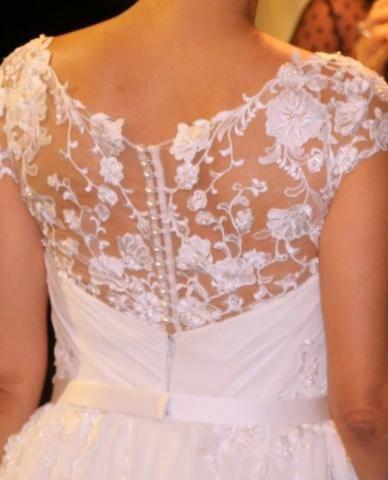 Vestido Longo Noiva Crepe de Seda e Renda Francesa Usado Perfeito