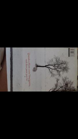Vendo livro