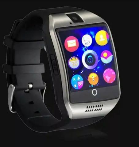 fff1a5c9430 Relógio Smartwatch Q18 Câmera GSM Cartão Bluetooth   Mega Infotech ...