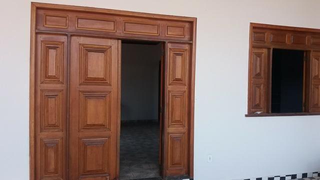 Alugo ótima casa para morar no bairro Raimundo Melo - Foto 8
