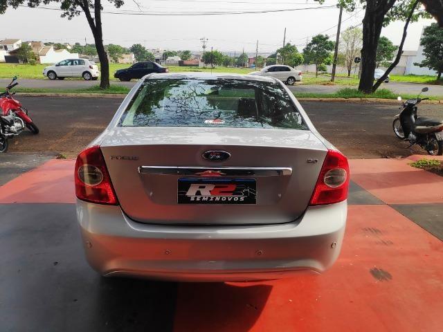 Ford Focus Guia Sedan 2.0 2009 - Foto 11