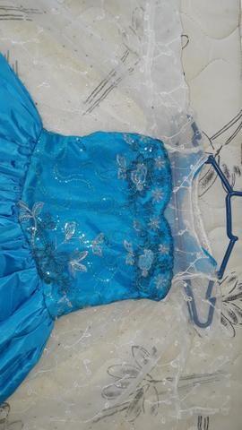 Vendo Esse Lindo Vestido Da Elsa Da Frozen