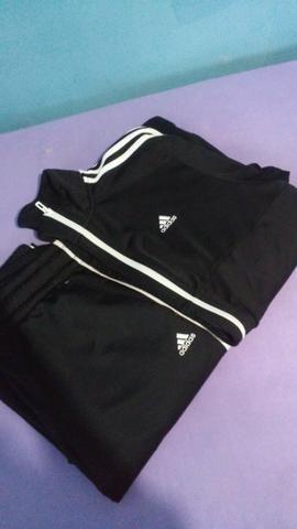 Conjunto calça e blusa Adidas
