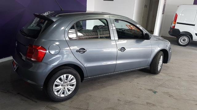 Vw - Volkswagen Gol 1.6 Cinza Metálico 2018 - Foto 5