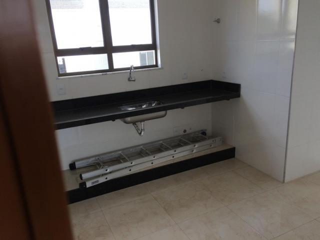 Cobertura, 3 quartos, suíte, elevador, 4 vagas, fino acabamento. - Foto 8