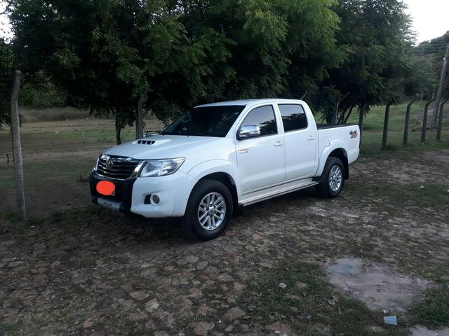 Hilux completa 4x4 diesel com controle de estabilidade , ipva 2020 já pago - Foto 8