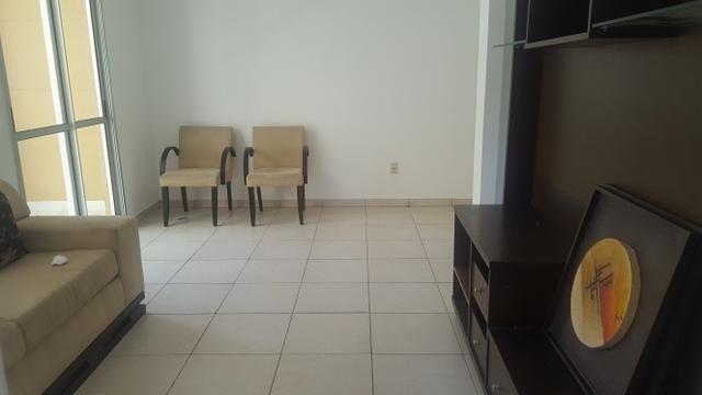 Apartamento semi mobiliado 2/4 com suite em Buraquinho próximo a estrada do coco - Foto 7