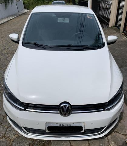 Vendo Volkswagen Fox Highline i motion 1.6 120cv automatizado - Foto 4