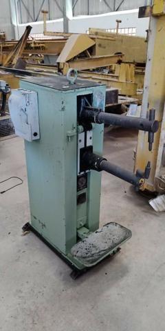 Máquina de solda ponto / Ponteadeira 30 Kva Simonek PN 30 B