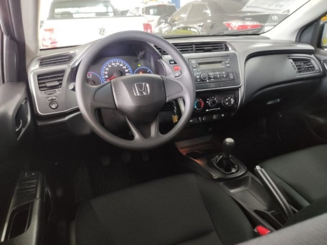 0138 - Honda City DX 1.5 2017 - Foto 6