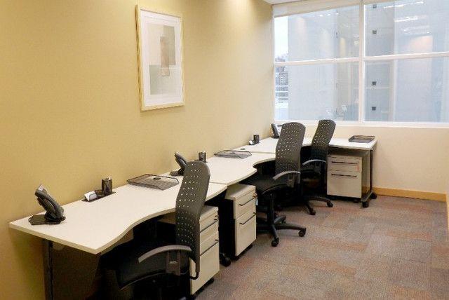 Trabalhe do seu jeito em um escritório privativo para três pessoas