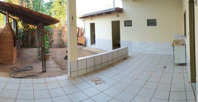 Casa de 04 suítes a venda em condomínio fechado em Caldas Novas Goiás  - Foto 2