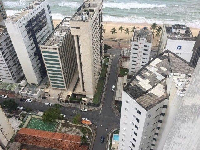 Alugo apt 2 qts mobiliado, andar alto varanda, lazer a 50 mts do mar - Foto 15