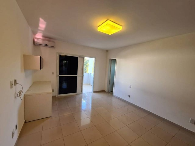 Casa de condomínio sobrado para venda tem 590 metros quadrados com 4 quartos - Foto 11