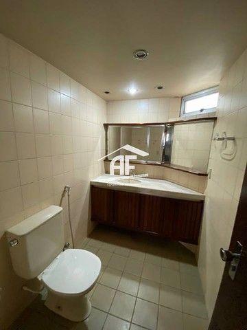 Apartamento Localizado 50 metros da orla de Ponta Verde, 3 suítes, 140m² - Foto 9
