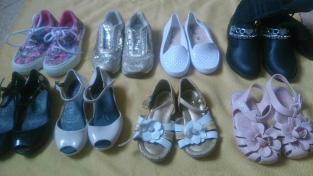 Lote 08 calçados Femininos 24/25
