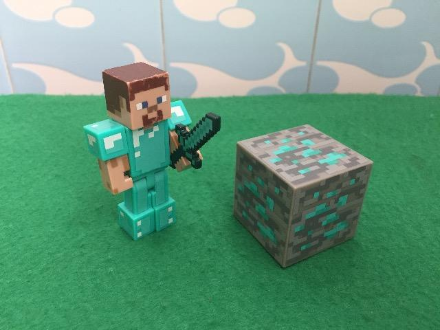 Boneco Articulado Minecraft Steve - 01