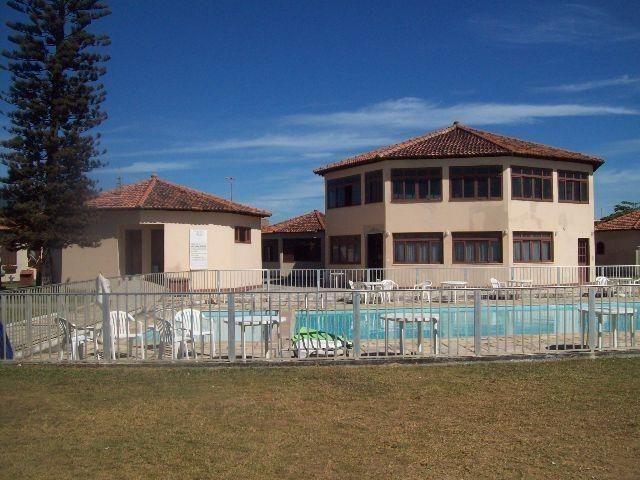 Ótima casa em condomínio com 2 quartos de frente para o mar com linda vista!!