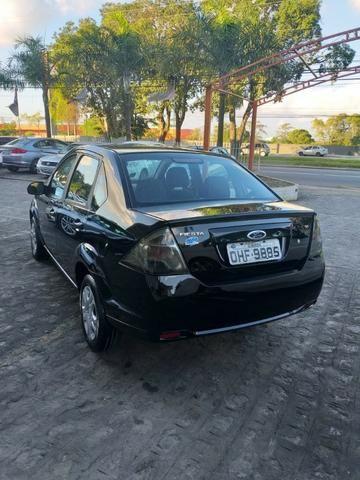Fiesta sedan 1.6 2013 - Foto 5