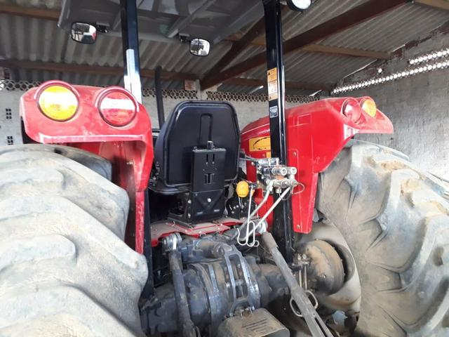 Trator Marssey Ferguson 4290