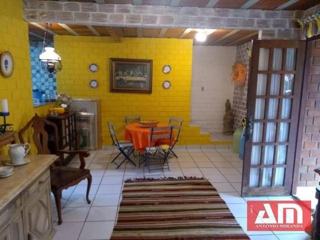 Casa com dois pavimentos, 273 m² em um excelente Condomínio. - Foto 12