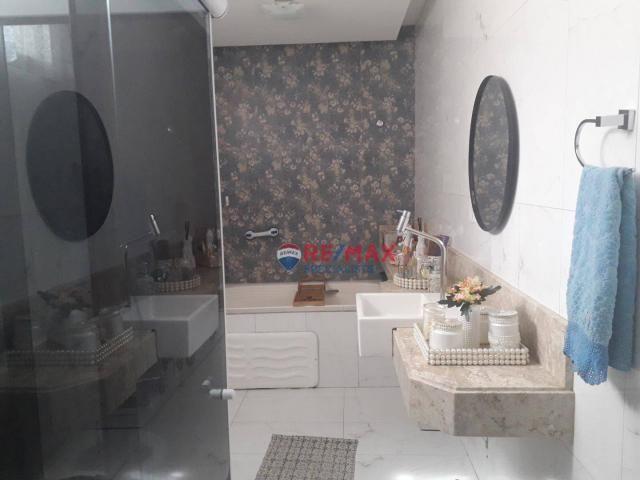RE/MAX Specialists vende linda casa localizado no bairro Felícia. - Foto 13
